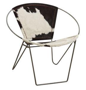 Aubry-Gaspard - fauteuil en peau de vache et métal - Armchair