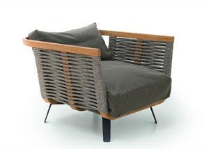 Unopiù - welcome - Garden Armchair