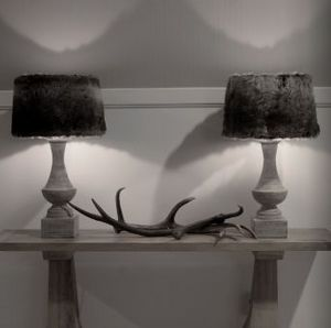 KINGSBRIDGE COLLECTIONS -  - Table Lamp