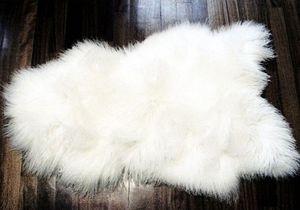 LA CABANE DE L'OURS - peau de mouton des monts tatras blanc - Sheep Skin