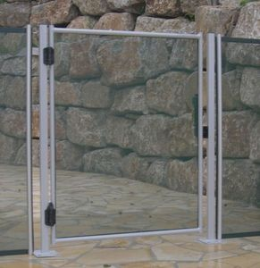 COMPAGNIE SPORTS ET LOISIRS -  - Pool Safety Gate
