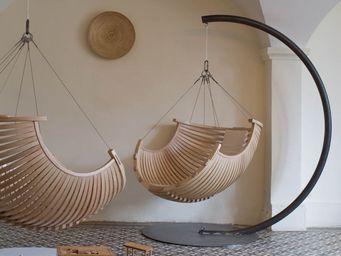 CONCEPT SUSPENDU -  - Hanging Armchair