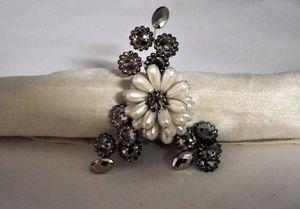 Demeure et Jardin - rond de serviette esprit chanel - Napkin Ring