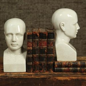 MEN'S SOCIETY -  - Bust Sculpture
