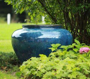 JARDIN D'ELEGANCE -  - Garden Vase