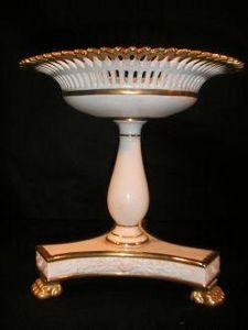 Demeure et Jardin - coupe style empire blanche à dorure - Decorative Cup