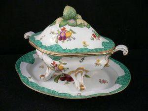 Demeure et Jardin - soupière décorative xviiième verte - Soup Tureen