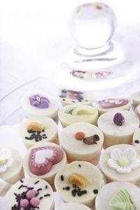 AUTOUR DU BAIN -  - Sweets