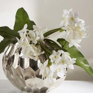 LOU DE CASTELLANE -  - Artificial Flower