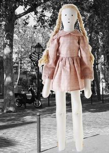 LES TOILES BLANCHES - bertille - Doll