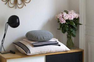 TENSIRA -  - Rectangular Cushion