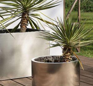 Coro -  - Tree Pot