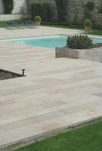YELMINI -  - Pool Deck