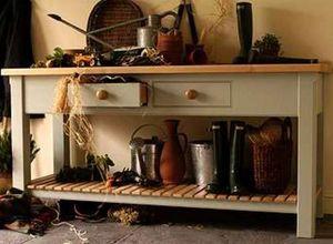 Thomas & Thomas -  - Kitchen Sideboard