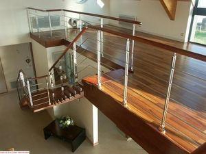 Er2m -  - Stair Railing