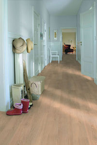 Pergo - living expression longue planche - Laminated Flooring