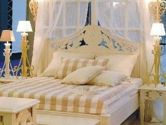 Luc Perron -  - Double Bed