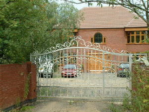 Access Controls - sliding gate made in india - Entrance Gate