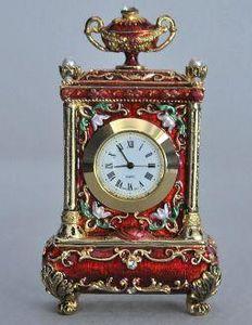 Demeure et Jardin - pendule rouge style louis xv - Antique Clock