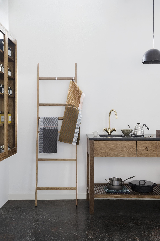 colours tea towel georg jensen damask decofinder. Black Bedroom Furniture Sets. Home Design Ideas