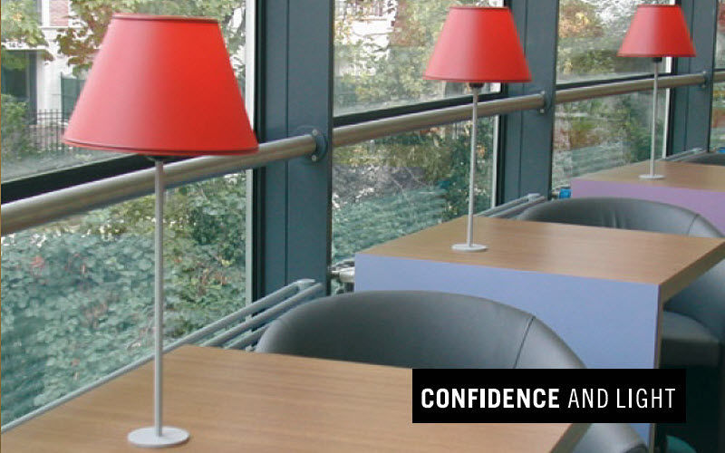 Confidence and Light Tischlampe Lampen & Leuchten Innenbeleuchtung  |