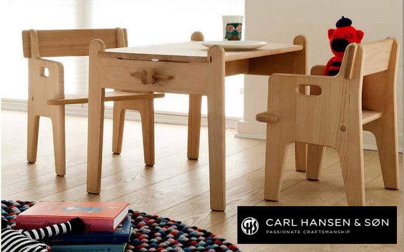 Carl Hansen & Son Kindertisch Kindermöbel Kinderecke  |
