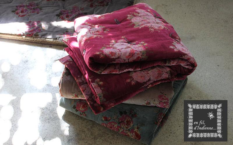 En Fil d'Indienne Tages Decke Bettdecken und Plaids Haushaltswäsche  |