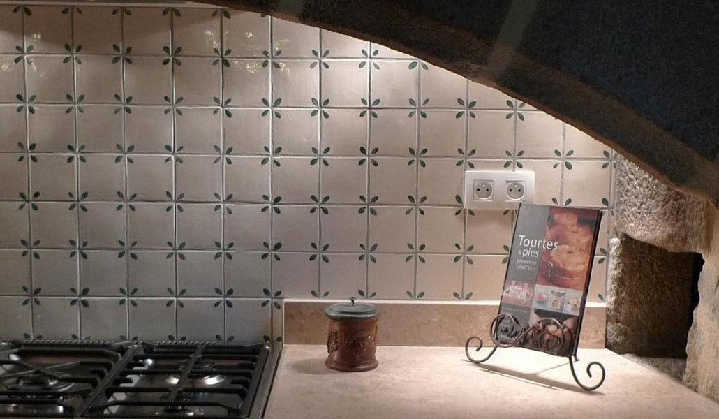 Ceramiques du Beaujolais Wandfliese Wandfliesen Wände & Decken Küche | Land