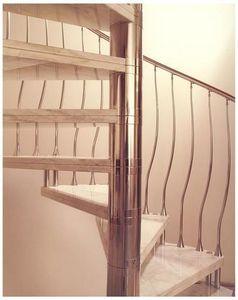 Viertelgewendelte Treppe