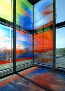 GLASSOLUTIONS France - crealite - Glasfensterfront