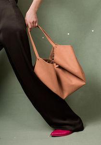 EVA BLUT - corolla - Handtasche