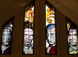 IN VITRAUX - compositeurs - Buntglasfenster