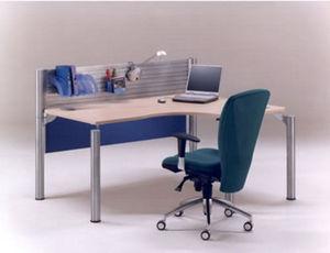 Response Furniture Systems -  - Schreibtisch