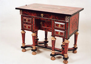 Antiquités Gino Fouquet - bureau mazarin - Französischer Schreibtisch Mit Knieloch