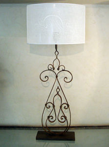 2B Design - heloue tawile - Tischlampen