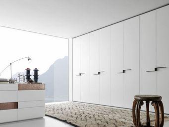 Presotto -  - Schrank Mit Stoffvorhang