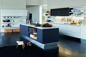 Dada -  - Kleine Einbauküche