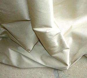 The Silken Tent -  - Seidenstoff