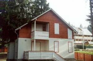 Marcelino Fernandez Alvarez -  - Geschossiges Haus