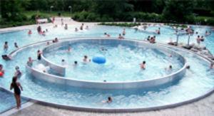 Hinke Piscines - bassin ludique , loisir et bien être - Gemeinschaftsswimmingpool