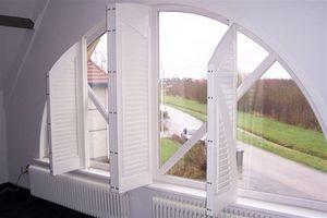 Jasno Shutters - shutters persiennes intérieures arrondies - Klapp Lamellenfensterläden