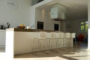 Ferrious - hale - Moderne Küche