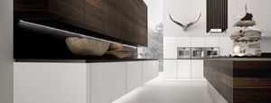 Rational Built-In Kitchens -  - Moderne Küche