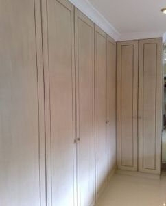Alpha Shopfitters & Cabinet Makers -  - Garderobenschrank