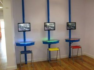 I-Desk Solutions - i-cyber - Computermöbel