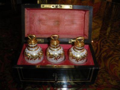 Art & Antiques - Parfumset-Art & Antiques-Coffret à senteurs Napoléon III