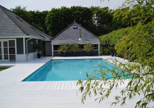 GUNCAST SWIMMING POOLS - Traditioneller Schwimmbad-GUNCAST SWIMMING POOLS