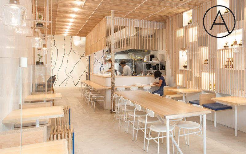 AKIRA STUDIO Realización de arquitecto Realizaciones de arquitecto de interiores Casas isoladas  |