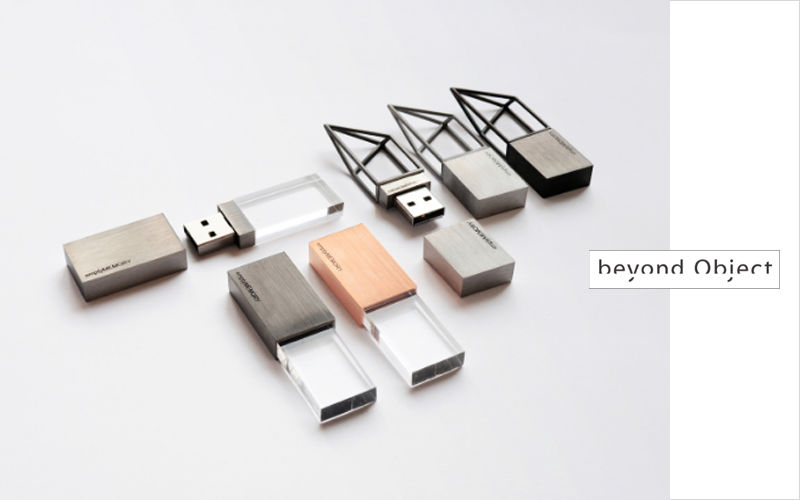 BEYOND OBJECT Llave USB Ofimática High-tech  |