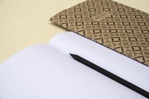 OCTAGON DESIGN -  - Libro De Notas